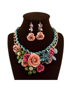 Gorgeous Flowers Cluster Bold Alloy Chain and Weaving Design Women Bib Necklace and Earrings Set - Multicolor