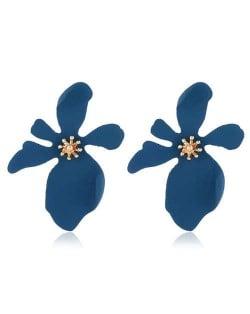 High Fashion Flower Design Women Statement Costume Earrings - Blue