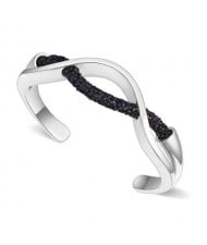 Elegant Curve Design Open-end Austrian Crystal Women Bangle - Platinum and Black