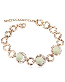 Austrian Crystal and Pearl Embellished Luxurious Style Women Bracelet - Green