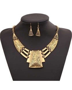 Vintage Tribe Style Hollow Necklace and Earrings Set - Golden