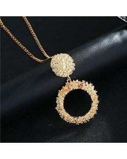 High Fashion Hoop Dangling Pendant Design Women Costume Necklace - Golden