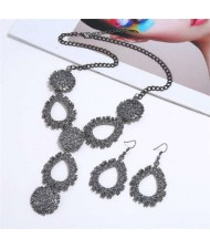 Waterdrops Design Bold Fashion Necklace and Earrings Set - Gray
