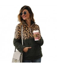 Leopard Prints Jointed Design High Fashion Hooded Long Sleeves Women Top - Green