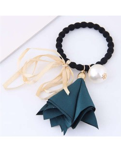 Trumpet Flower Pearl and Bowknot Decorated Korean Fashion Hair Band - Ink Green