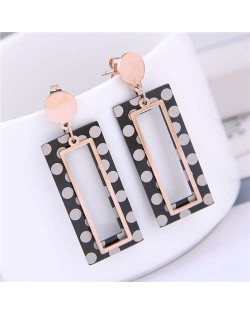 Round Dots Dangling Oblong Design Street Fashion Women Titanium Steel Earrings