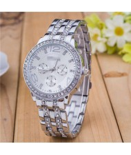 Rhinestone Inlaid Multiple Indexes Design Steel High Fashion Wrist Watch - Silver