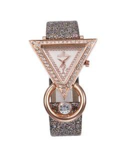 Rhinestone Rimmed Triangle Shape Design Index High Fashion Women Wrist Watch - Gray