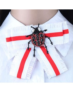 Rhinestone Beetle Decorated Cloth Fashion Women Brooch - White