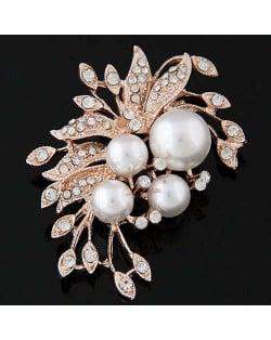 Czeche Rhinestone and Pearl Embellished Luxurious Flower Design Golden Alloy Women Brooch