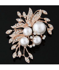 Czeche Rhinestone and Pearl Embellished Luxurious Flower Design Golden Alloy Women Brooch
