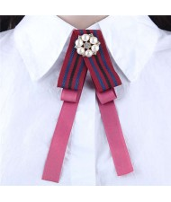 Artificial Pearl Flower Decorated Cloth High Fashion Women Brooch - Pink