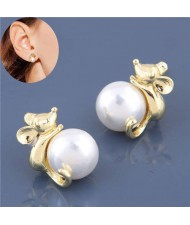 Pearl Fashion Golden Mice Design High Fashion Women Earrings