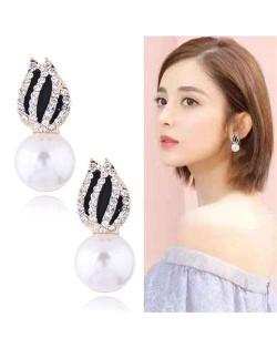 Rhinestone Embellished Artificial Pearl Tulip Design Women Alloy Earrings - White