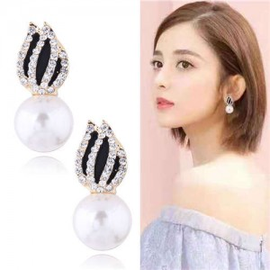 Rhinestone Embellished Artificial Pearl Tulip Design Women Alloy Earrings - White