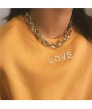 Linked Chain Punk Fashion Women Costume Alloy Necklace - Golden