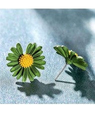 Graceful Daisy Design Korean Fashion Women Earrings - Green