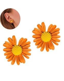 Graceful Daisy Design Korean Fashion Women Earrings - Golden Yellow
