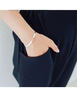 Simple Fashion Design White Copper Chain Women Bracelet