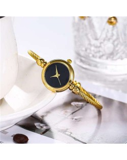 Vintage Golden Unique Black Index Design Women Slim Fashion Bracelet Watch