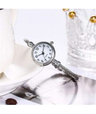 Vintage Silver Arabic Numerals White Index Design Women Slim Fashion Bracelet Watch