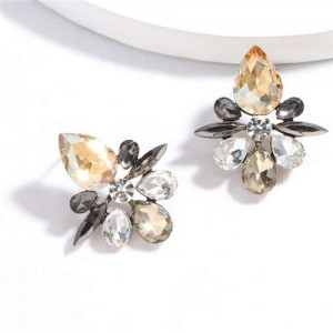 Splendid Rhinestone Floral Pattern High Fashion Women Statement Earrings - Champagne