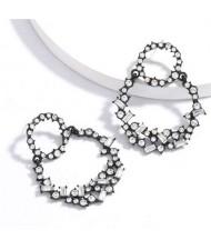 Vintage Fashion Rhinestone Garland Design Women Alloy Statement Earrings - White