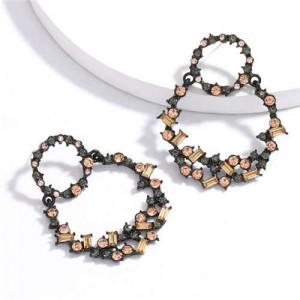 Vintage Fashion Rhinestone Garland Design Women Alloy Statement Earrings - Champagne