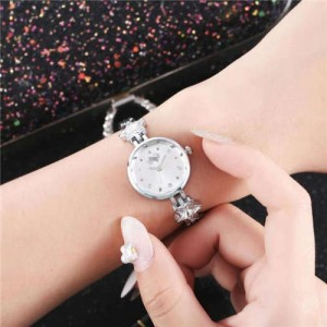 Lucky Stars Decorated Elegant Fashion White Index Design Slim Style Women Wrist Watch - Silver
