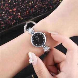 Lucky Stars Decorated Elegant Fashion Black Index Design Slim Style Women Wrist Watch - Silver
