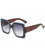 7 Colors Available Contrast Colorful Crystal Frame Design Bold Fashion KOL Preferred Sunglasses