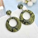 Snake Skin Texture High Fashion Big Hoop Design Women Costume Earrings - Green