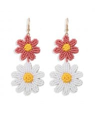 Mini Beads Dangling Dual Daisy Design High Fashion Women Shoulder-duster Earrings - Pink and White