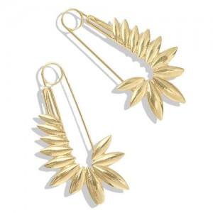 Golden Leaves Pin Design Online Star High Fashion Women Alloy Costume Earrings
