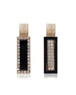 Rhinestone Inlaid Luxurious Asymmetric Bar Design Alloy Women Stud Earrings