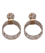 Abstract Floral Pattern Resin Fashion Women Hoop Earrings - Apricot