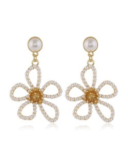 Pearl Embellished Hollow Flower Design Internet Celebrities Fashion Women Alloy Earrings - White