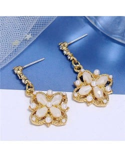 Pearl and Crystal Inlaid Clover Design Graceful Fashion Women Dangling Earrings - White