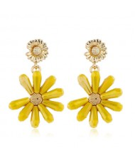 High Fashion Crystal Chrysanthemum Theme Design Women Alloy Earrings - Yellow