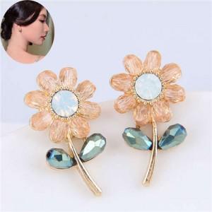 Korean Fashion Mini Crystal Sun Flower Design High Fashion Women Statement Stud Earrings