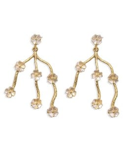 Artistic Nepalese Style Flowers Vintage Design High Fashion Women Alloy Earrings