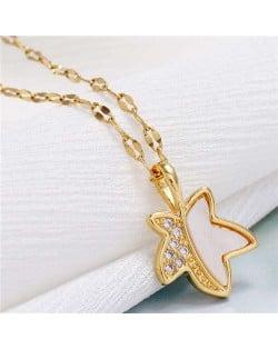 Shining Maple Pendant Design High Fashion Women Costume Necklace - Golden