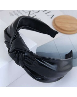 Shining Fashion PU Texture Bowknot Design Women Hair Hoop - Black