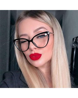 6 Colors Available Elegant Cat Eye Design Slim Frame High Fashion Women Sunglasses