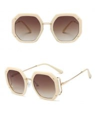 6 Colors Available High Fashion Polygon Design Bold Frame Women Sunglasses