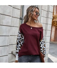 Contast Colors Leopard Prints Long Sleeves Autumn and Winter Fashion Women Top - Wine Red