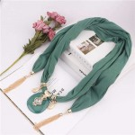 Hollow Vase Design Pendant with Tassel Chains Decoration Design Women Scarf Necklace - Green