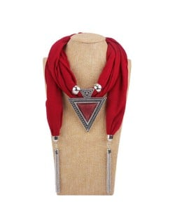 Resin Gem Inlaid Vintage Triangle Pendant High Fashion Women Scarf Necklace - Red
