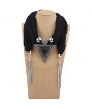 Resin Gem Inlaid Vintage Triangle Pendant High Fashion Women Scarf Necklace - Black