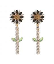 Rhinestone Bohemian Fashion Sunflower Party Style Women Costume Earrings - Black